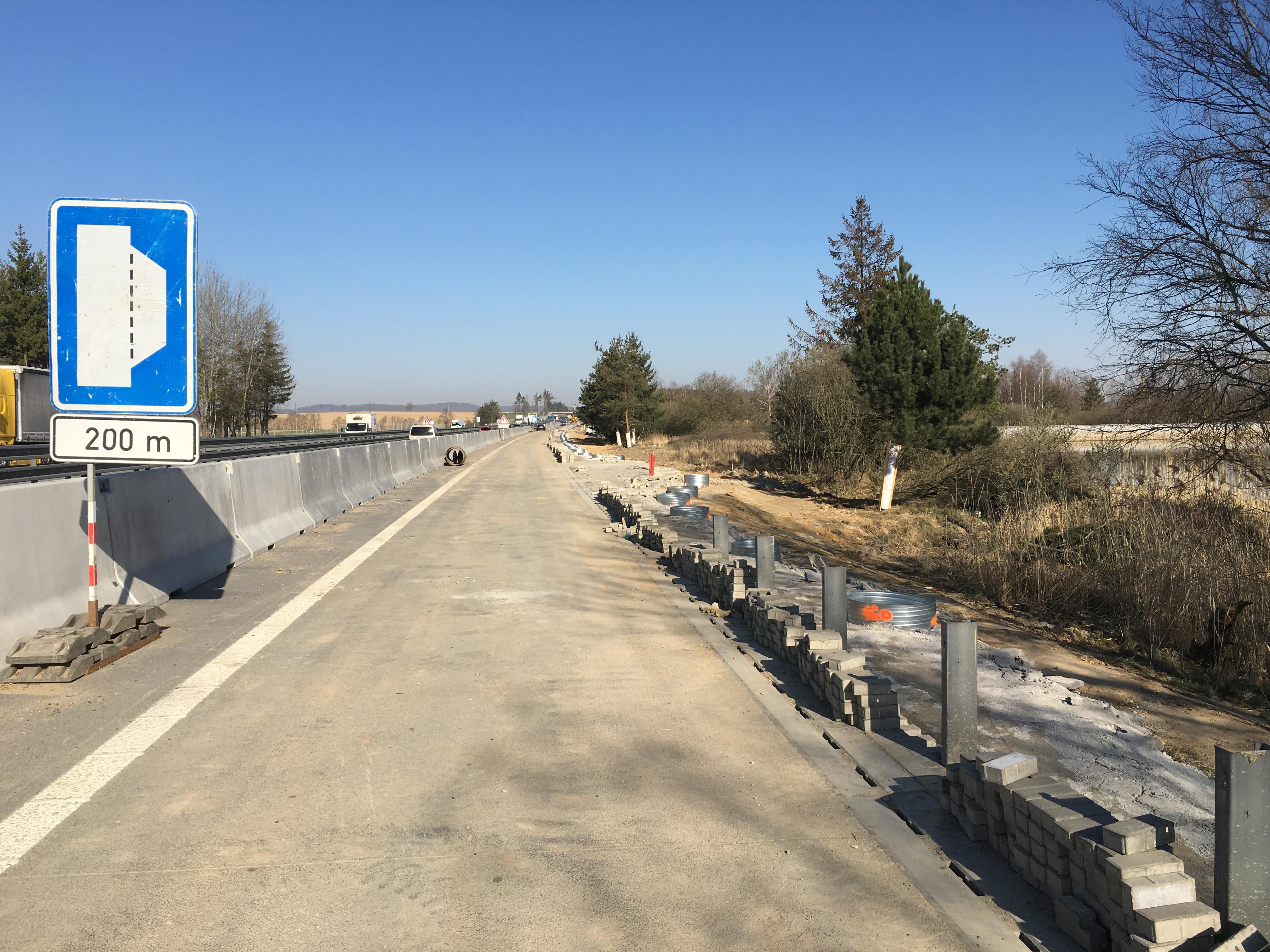 D1 Modernizace – úsek 15, exit 112 Jihlava – exit 119Velký Beranov, PHS Měšín vlevo km 115,900 – 117,000
